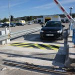 road-blocker-hertz-marseille-airport-06